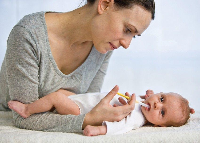 Орошение полости рта при молочнице.