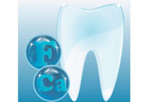 Для крепких зубов необходим фтор и кальций