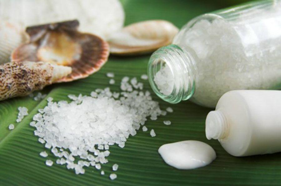 Морская соль может стать отличной заменой отбеливающей пасты