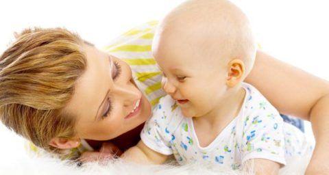 Помощь в период появления молочных зубов