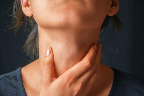 Консультация эндокринолога – обязательный этап лечения тиреоидита.