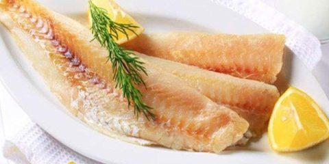 Морская нежирная рыба – полезный продукт при АИТ