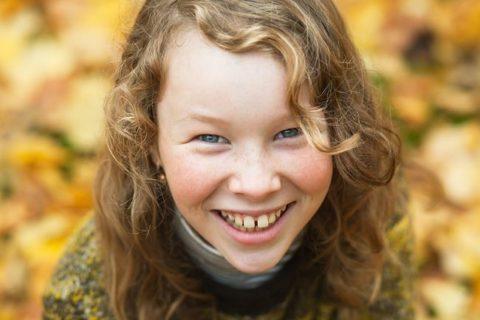 Цвет зубов у ребенка может быть обусловлен генетикой