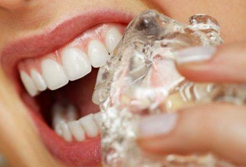 От холодного может сильно ломить зубы